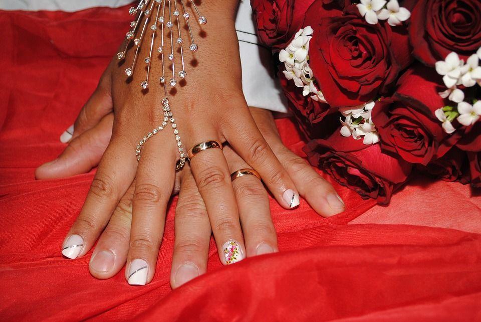 Alianzas de boda que marcan tendencia
